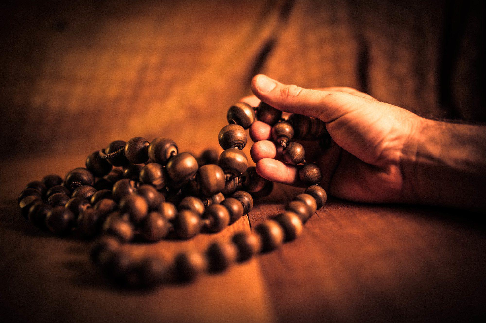 A meditáció fogalma India vallási és jógahagyományaiban