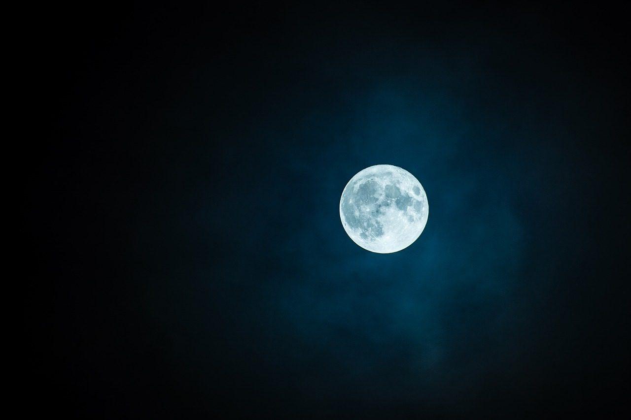 Holdüdvözlet 2.