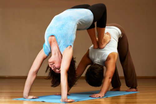 A kontaktgyakorlatok szerepe a jógaoktatásban