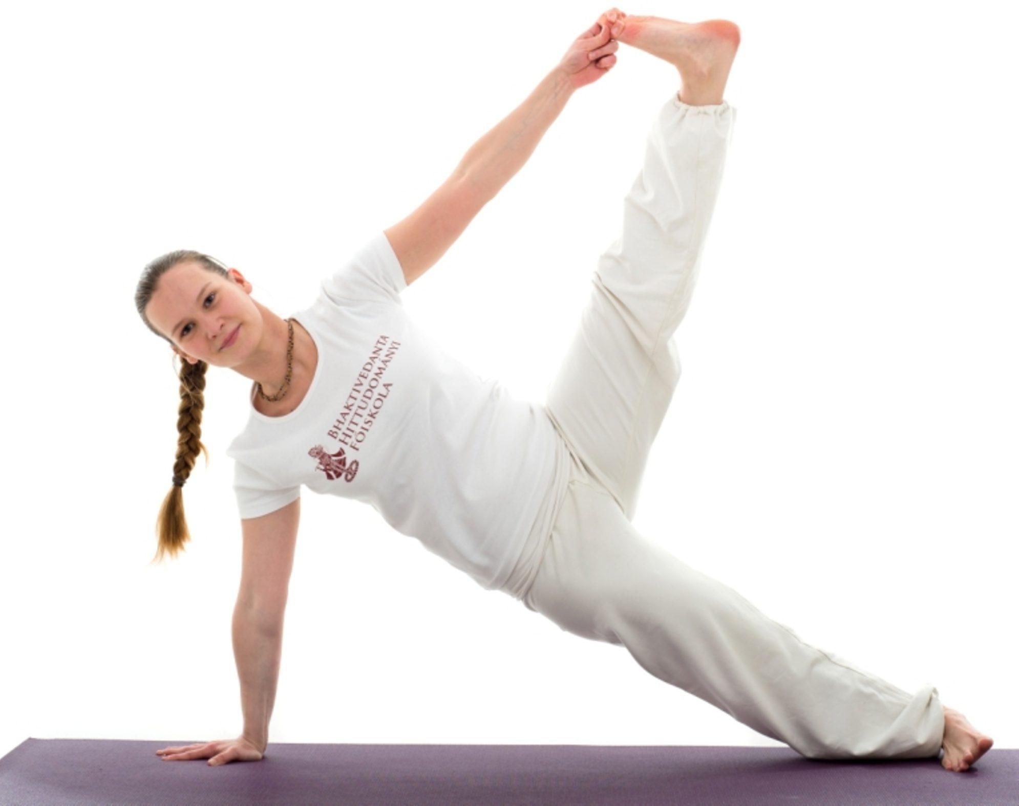 Vaszisthászana – Féloldalas fekvőtámasz lábkiemeléssel