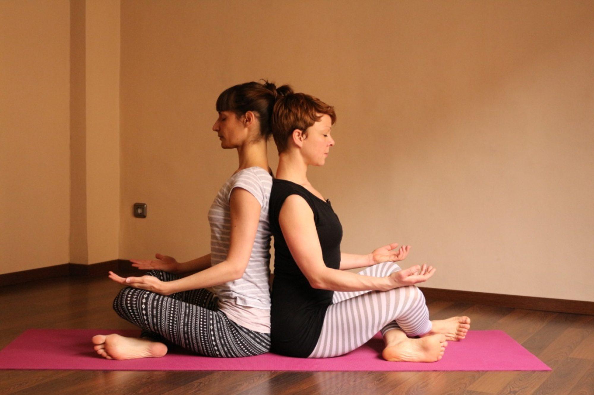 Kontakt-jóga gyakorlatsor 120 percben
