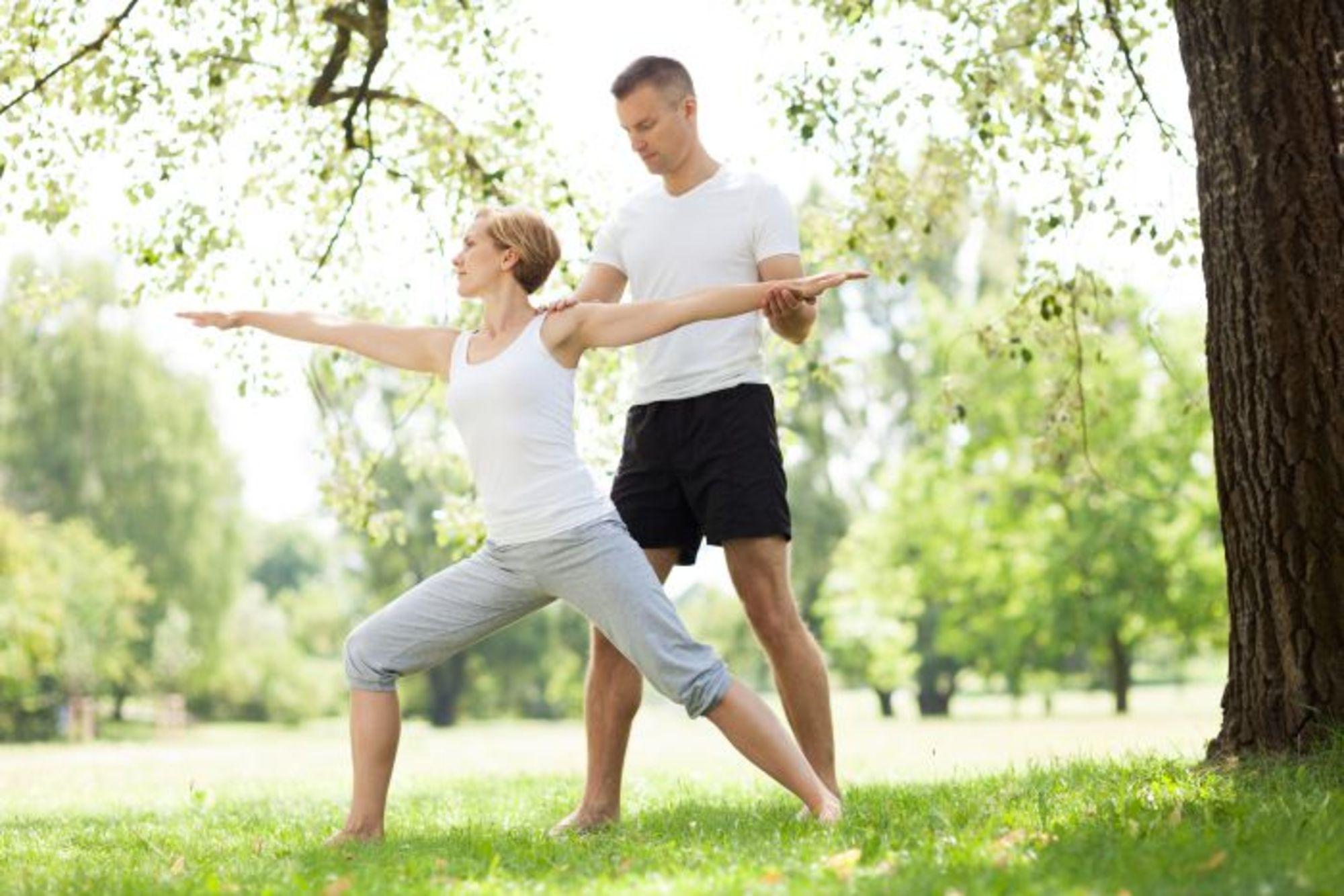 Hátrány-e, ha nők és férfiak együtt jógáznak?