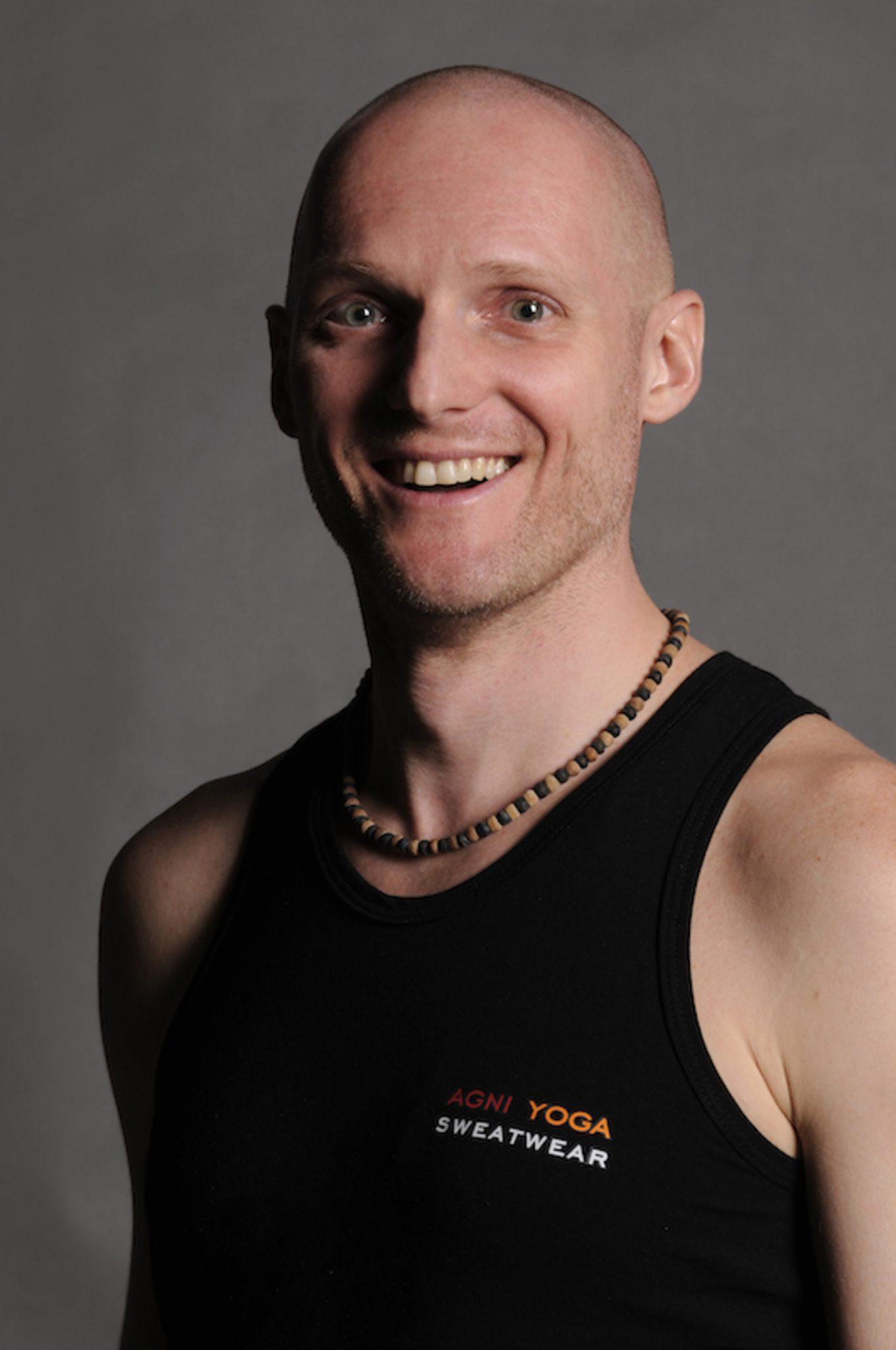 Jógainterjú Szűcs Gábor Gauranga Das jógaoktatóval