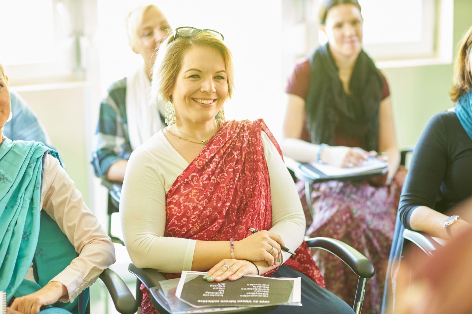 """""""Azt látom, hogy a Főiskolán mindenkinek megváltozik az élete"""" – interjú Gaura Krisna Dásszal"""