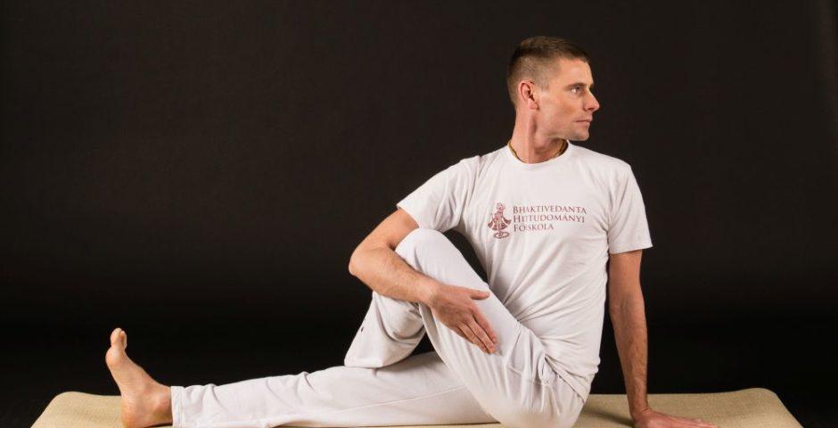 200 órás jógaoktató-képzés Medvegy Gergellyel