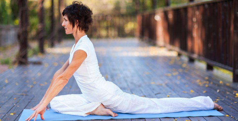 Hátrahajló és mellkasnyitó – fókuszterületes jóga