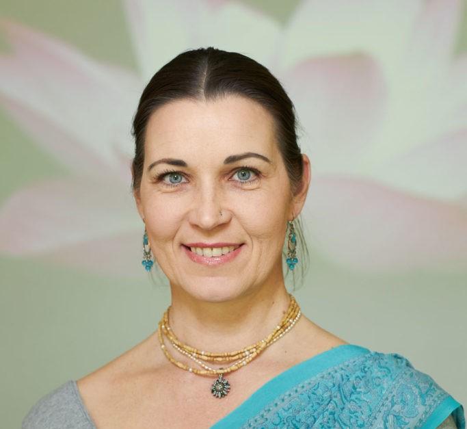 Siku Andrea (Rádhiká Déví Dászí)