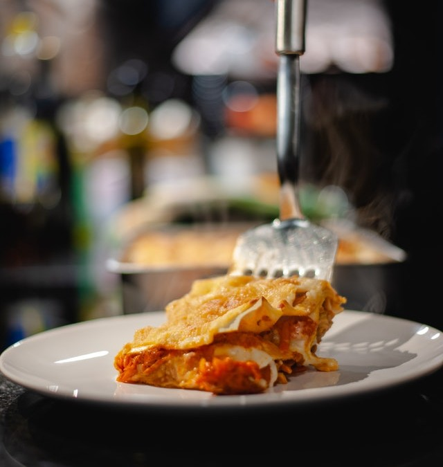 Friss paradicsomos lasagne tofuval, besamellel gazdagon